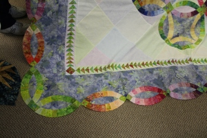 Won't appliqué look stunning in this wide open corners!