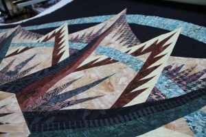 Liz chose to flip her sails - placing the dark on the bottom on the left side and the background on the bottom on the right side.