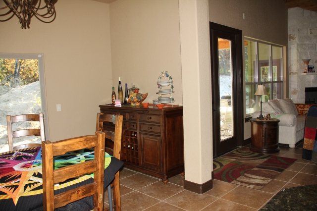 The wine bar and sideboard