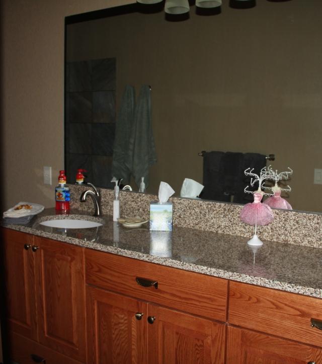 Guest bath is ready!