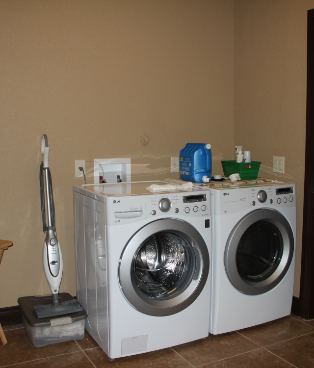 Had not planned on a new washer/dryer but when the dryer dies 4 weeks before the move you make do until new ones can be delivered to the new house.  Never underestimate the value of a dryer!  At the old house I had laundry drying all over!